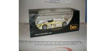AUDI R8 Nº 25 WINNER 1000 KM SPA 2003- 1/43 IXO