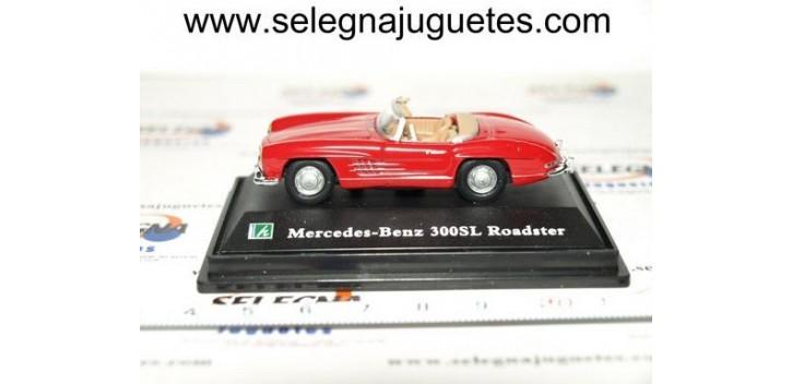 MERCEDES BENZ 300SL ROADSTER ROJO - 1/72 CARARAMA