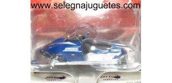 Yamaha SRX 1/24 Moto de Nieve