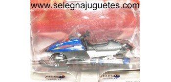 Polaris RMK 600 1/24 Moto de Nieve