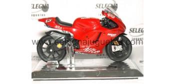 Ducati Desmosedici 2006 Sete Gibernau nº 15 escala 1/16 Saico moto metal miniatura