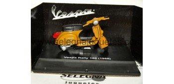 VESPA RALLY 180 1968 1/32 NEW RAY