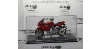 Ducati Supersport 1000DS HF 2003 1/24 Ixo moto miniatura