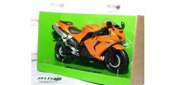 Kawasaki ZX 10R 1/12 New ray moto en miniatura