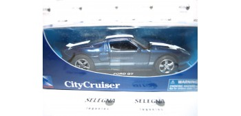 Ford GT escala 1/32 New Ray coche metal miniatura