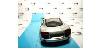 Audi R8 escala 1/32 New Ray coche metal miniatura