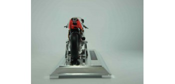 Honda RCV211 2006 Dani Pedrosa nº 26 escala 1/18 Saico moto miniatura metal