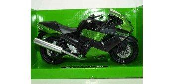 Kawasaki ZX 14 2011 escala 1/12 New ray moto en miniatura