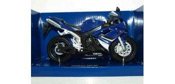 Yamaha YZF R1 escala 1/12 New ray moto en miniatura