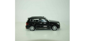 Mercedes benz clase GLK negro escala 1/43 Mondo Motors Coche metal miniatura