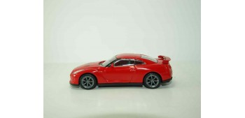 Nissan GT-R 2011 rojo escala 1/43 Mondo Motors Miniatura cars