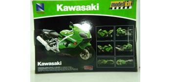 moto miniatura Kawasaki ZX 10 R 2006 escala 1/12 New Ray kit