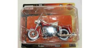 Harley Davidson 1962 FLH Duo Glide escala 1/18 Maisto moto
