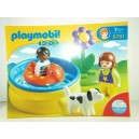 "<p>MARCA: <strong>Playmobil 1-2-3</strong></p><p>MODELO: Piscina</p><p><strong style=""font-style:normal;font-family:Raleway, sans-serif;font-size:14px;""><a class=""btn btn-default"" href=""https://www.selegnajuguetes.es/es/otros-articulos/playmobil/"" style=""color:#000000;"">SI QUIERE VER MÁS MODELOS PLAYMOBIL</a></strong></p>"