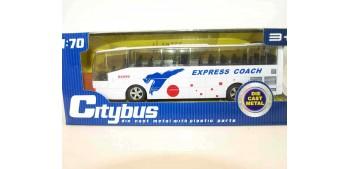 Autobus plastico con música - blanco escala 1/70