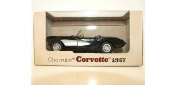 miniature car Chevrolet corvette 1957 escala 1/34 a 1/39 maisto