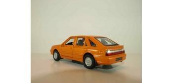 Polonez Caro Plus 1980 escala 1/34 a 1/39 Welly Coche metal miniatura