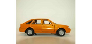 Polonez Caro Plus 1980 escala 1/34 a 1/39 Welly Coche metal miniatura