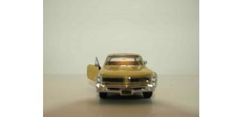 coche miniatura Pontiac GTO 1965 escala 1/34 a 1/39 Welly Coche
