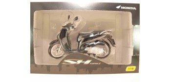 miniature motorcycle Honda SH125i negro scale 1:12 miniature