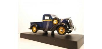Dodge Pickup 1936 azul escala 1/32 New Ray coche metal miniatura