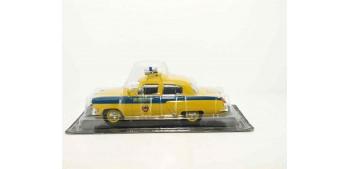 GAZ 21R Volga POLICIA DE TRAFICO DE RUSIA AÑOS 50 escala 1/43 coche metal miniatura
