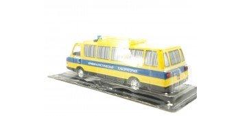 ZIL 118KL Autobús Ruso Policía Laboratorio Criminal escala 1/43 coche metal miniatura