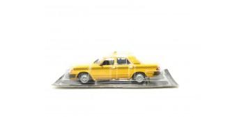 miniature car GAZ 3110 WOLGA Taxi escala 1/43 coche metal