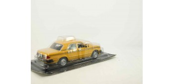 coche miniatura GAZ 3110 WOLGA Taxi escala 1/43 coche metal