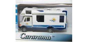 Autocaravana + remolque lancha Speedy 400TE escala 1/43 cararama Coche metal miniatura