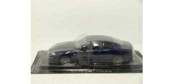 Maserati Coupe escala 1/43 Coche metal miniatura
