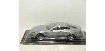 Aston Martin V12 Vanquishi escala 1/43 Coche metal miniatura