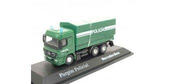 Camión Furgón Policial Mercedes Benz escala 1/72 Joycity