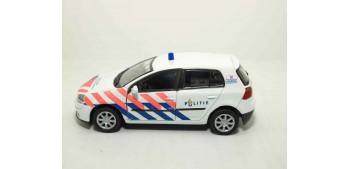 miniature car Volkswagen Golf V Holanda auto policia escala
