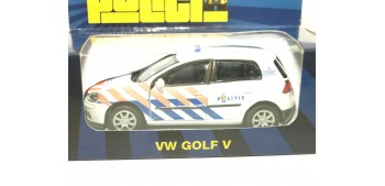 Volkswagen Golf V Holanda auto policia escala 1/36 - 1/38 Welly