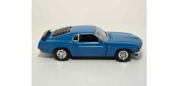 Ford Mustang Boss 302 escala 1/36 - 1/38