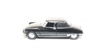 coche miniatura Citroen DS19 Cabriolet escala 1/36 - 1/38