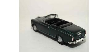 Peugeot 403 Cabriolet escala 1/36 - 1/38