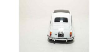 Fiat Nuova 500 escala 1/36 - 1/38