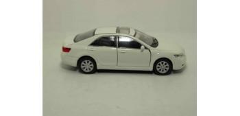 coche miniatura Toyota Camry escala 1/36 - 1/38