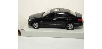 miniature car Mercedes Benz Clase-E escala 1:42