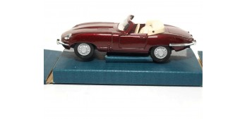 coche miniatura Jaguar E-Type escala 1/36 - 1/38