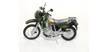 Kawasaki KLR 650 escala 1/18 Welly