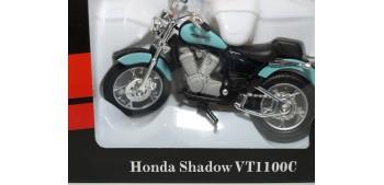 Honda Shadow VT1100C escala 1/18 Welly