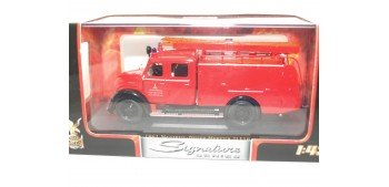 miniature truck MAGIRUS-DEUTZ MERCUR TLF16 1961 GUARDABARROS