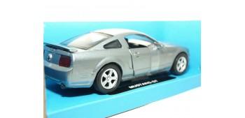 coche miniatura Ford Mustang GT escala 1/32 New Ray coche en