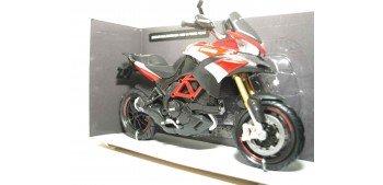 Ducati Multistrada 1200 S Pikes Peak escala 1/12 new ray moto miniatura escala