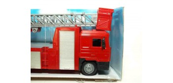 Man F2000 Escaleras camión bomberos escala 1/43 New Ray