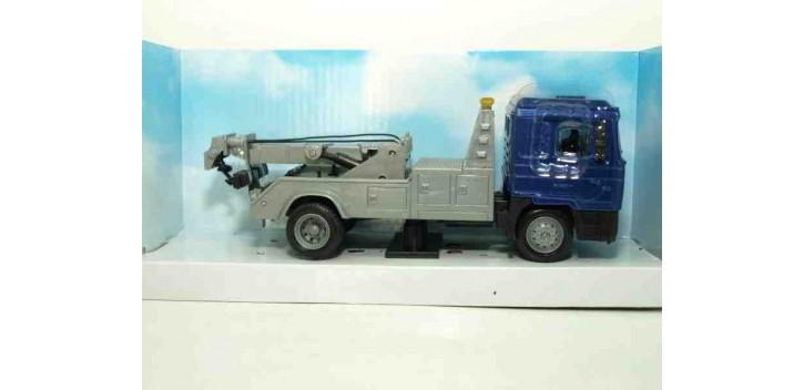 Man F2000 Grua camión escala 1/43 New Ray