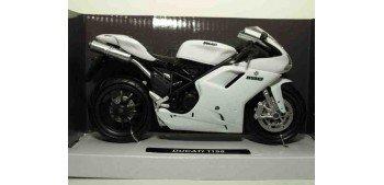 Ducati 1198 blanca escala 1/12 New ray moto en miniatura